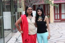 With Priya from Darlinks