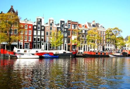 inntel-amsterdam-boats