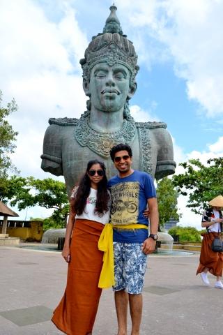 In front of Wisnu statue